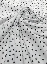 89d1c009b9 fehér alapon fekete pöttyös zsorzsett jellegű selyem