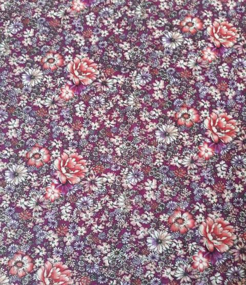 virágos enyhén gyűrt blúz anyag - Dubai City Kft. Méteráru 9a96d1ffc5